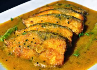 Hilsha-fish-curry