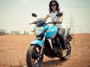 biker-chicks-mysore-Shruthi-riding-a-bike
