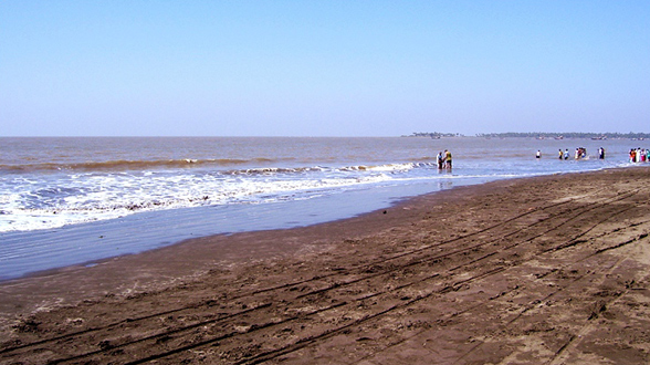 arnala-beach
