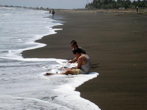 Arnala beach - suburbs of Mumbai