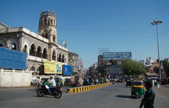 waste management in Indian - Clean streets of Surat