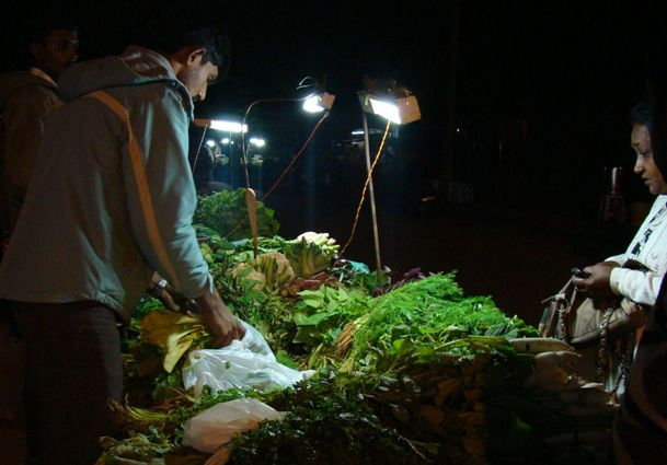 Eco-friendly Ideas from India - Selco Solar Lamp for Street Vendors