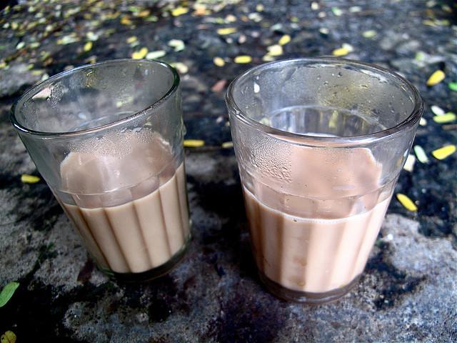 Cutting Chai And Vada Pav - Cutting Chai