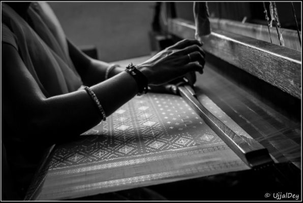 Warp and Weft - Handloom weavers in Andhra | Courtesy: Ujjal Dey