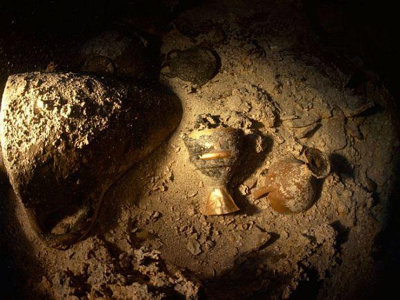 Famous treasure hunts in Indian history - Sunken treasure   National Geographic