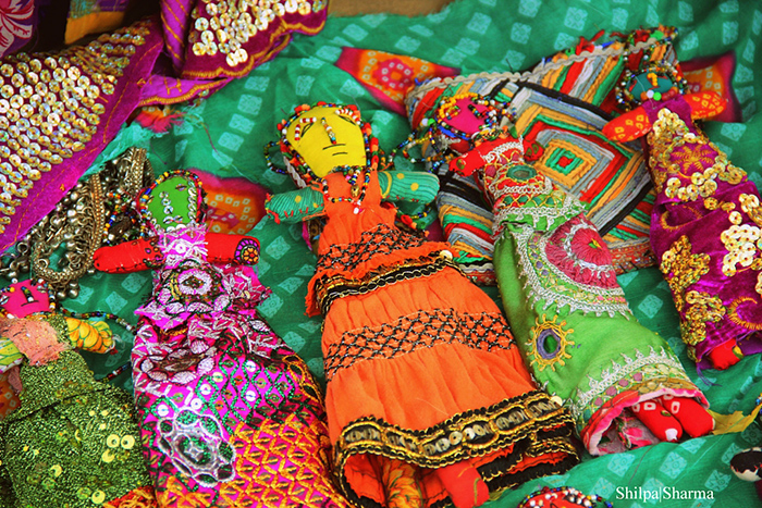 Bhuj - Tradition-dolls