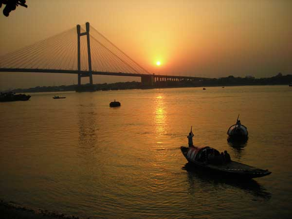 Boat Ride at River Hooghly Kolkata