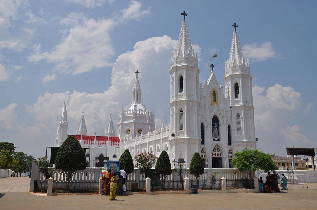 Tourist-place-in-Tamilnadu-Marienbasilika-von-Velankanni