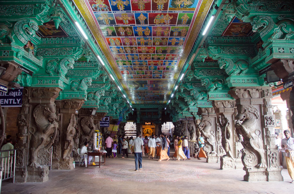 Tourist-place-in-Tamilnadu-Meenakshi-Temple