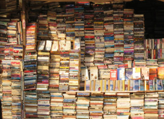 Best-libraries-and-bookstores-of-Delhi