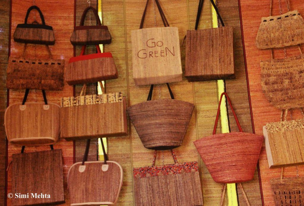 keralas-beautiful-eco-friendly-banana-fibre-handicrafts