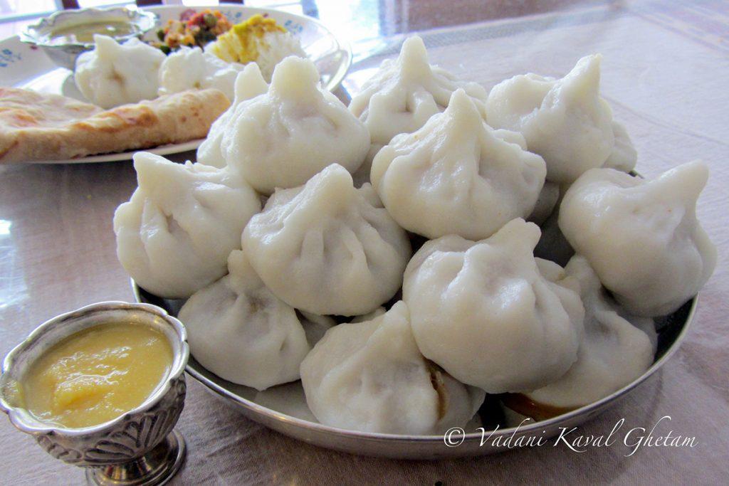 konkan-ukadiche-modak-and-other-desserts