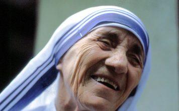 Mother-Teresa-Gets-Sainthood