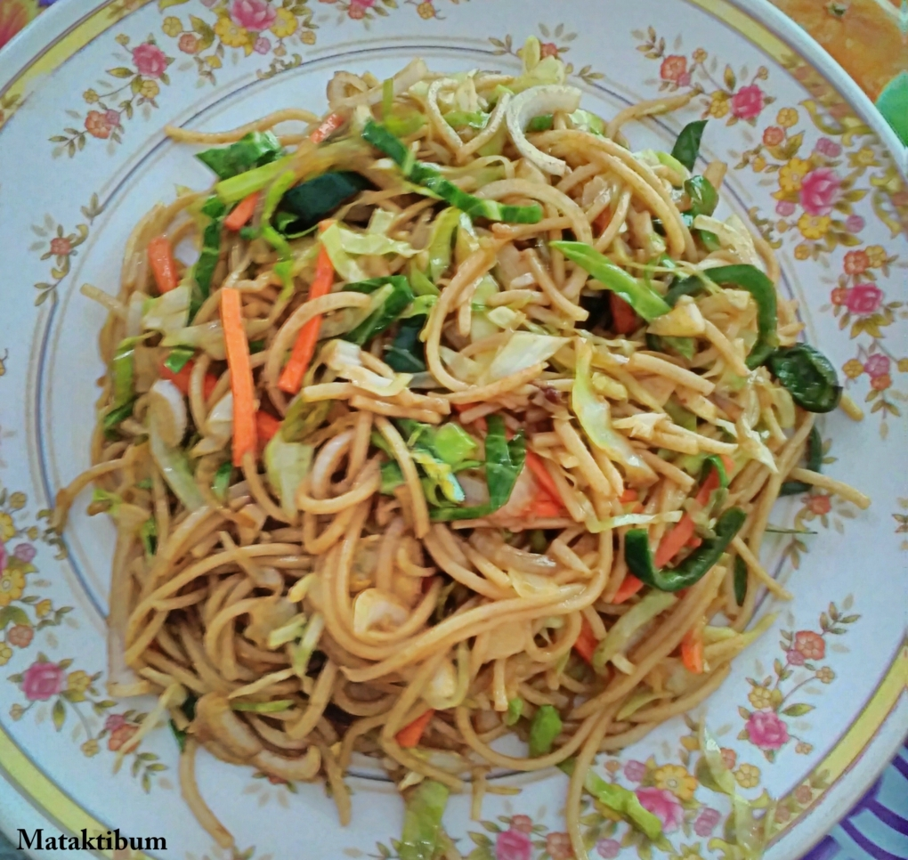 yummiest-veg-noodles-at-chail