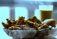 Garam-chai-samosa-pakoras