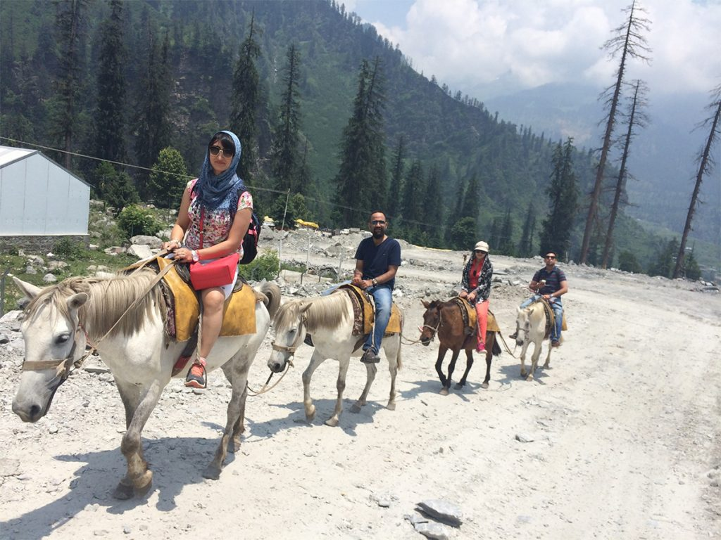 Horseback-Riding-Trails-in-India-Solang-Valley