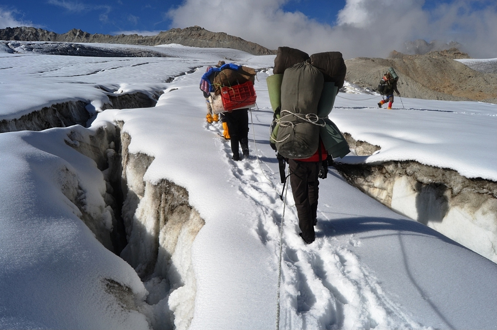Adventure-Trips-to-India-Kalindi-Khal-Trek-2