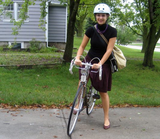 commute-to-work-on-a-bicycle-2