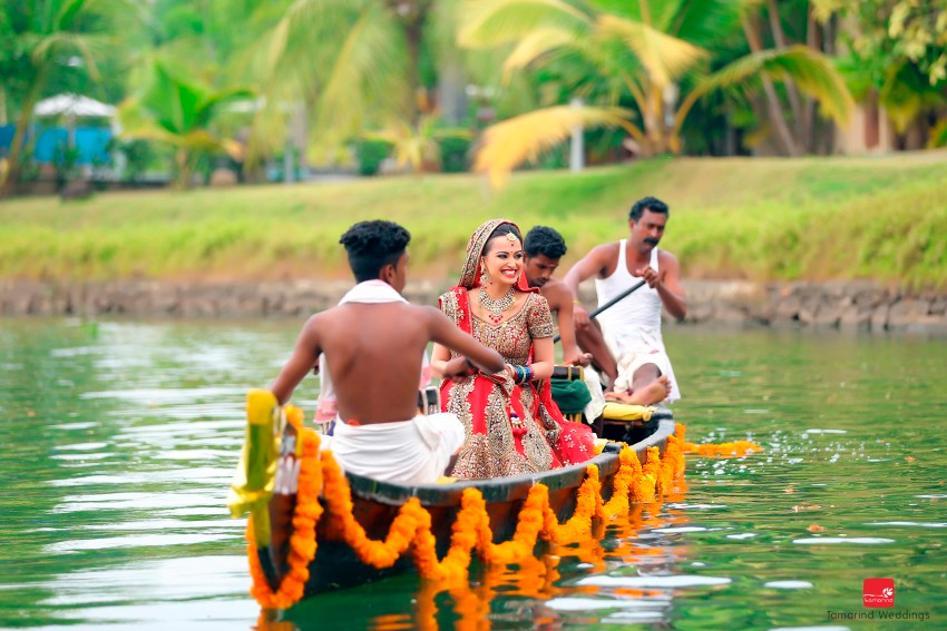 Top-Pre-Wedding-Photo-Shoot-locations-in-India-Kumarakom-Lake-Resort