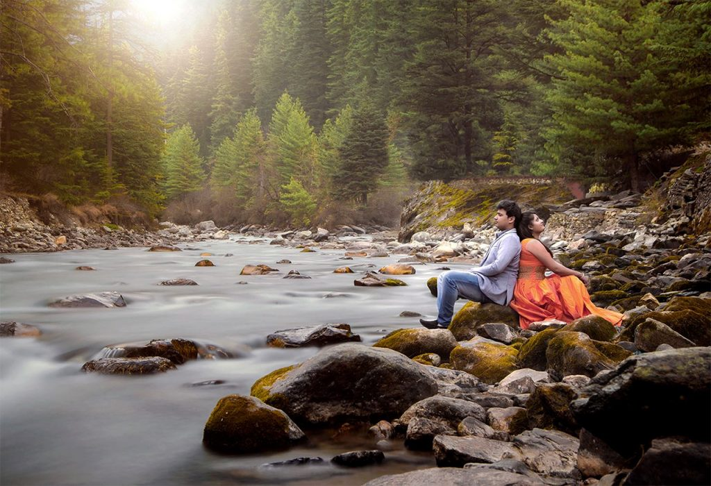 Top-Pre-Wedding-Photo-Shoot-locations-in-India-Shimla-and-Manali
