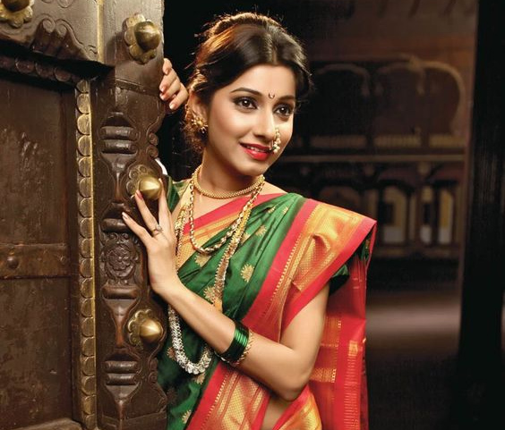 74890c1d33 Top Three Traditional Indian Clothing of All Time