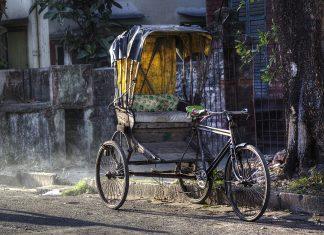 Streets-of-Kolkata