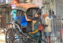 Streets-of-Kolkata