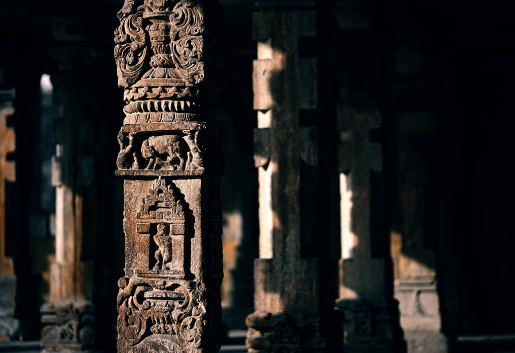 south-india-cultural-tour-01-ancient-antique-architecture