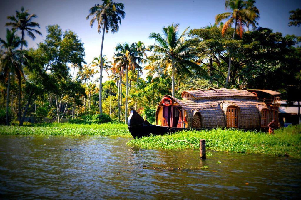 Destinations-Where-You-Can-Unwind-and-Rejuvenate,Kerala