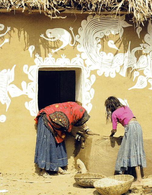 Indian-Folk-Art---Mandana-Paintings-04