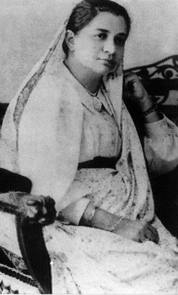 Role-of-Women-in-the-Independence-Movement-of-India-05-Madam-Cama