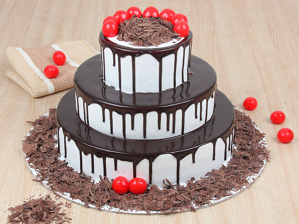 3-tier-black-forest-cake