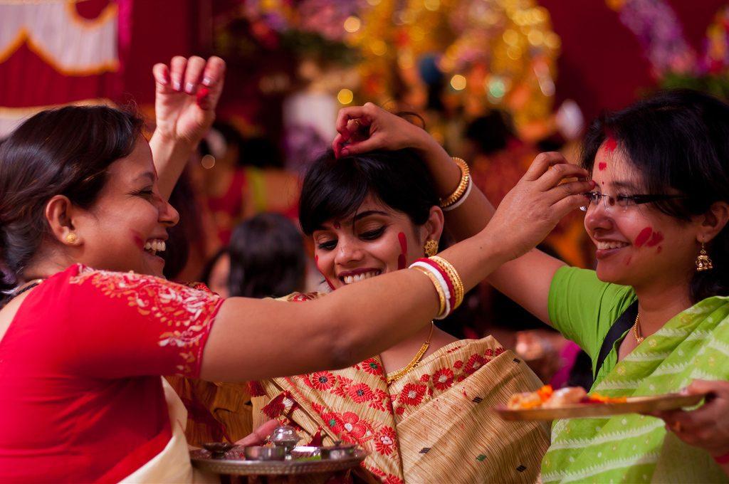 Durga-Puja-Sindur-Khela