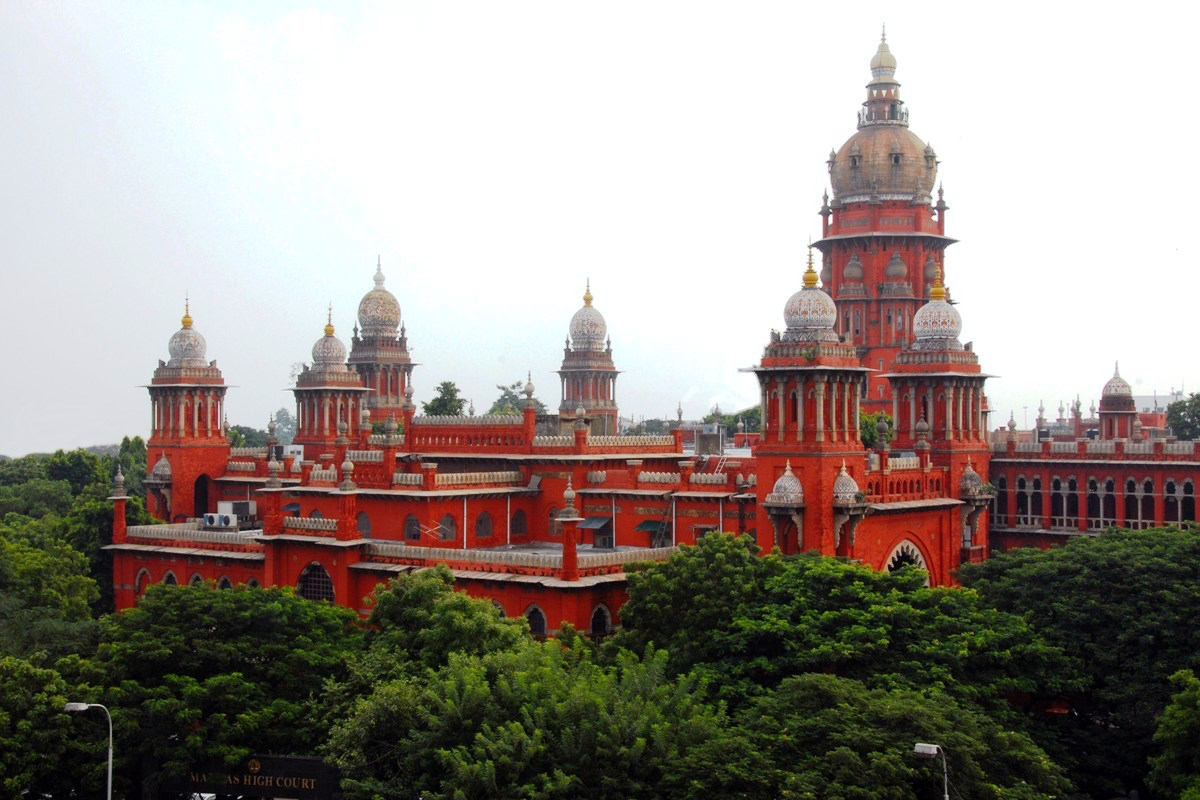 British-Colonial-Architecture-in-India-Madras-High-Court-an-example-of-Indo-Saracenic-architecture