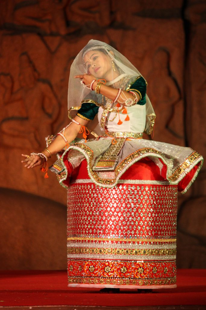 Traditional-Costumes-of-Indian-Classical--Dances-Manipuri