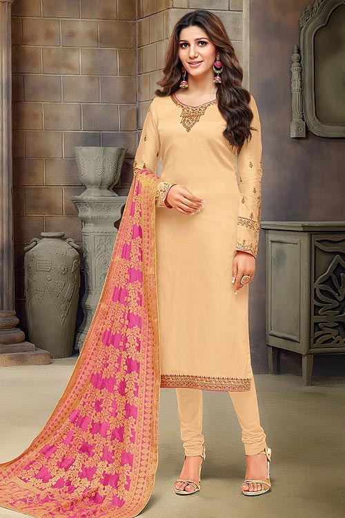 05060704d9 20 Types of Salwar Suits You Need To Know About