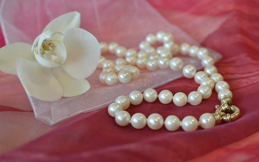 Jewellery for Your Mother-Pearls