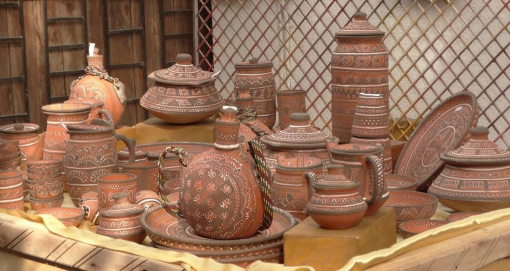 Gujarat-Pottery