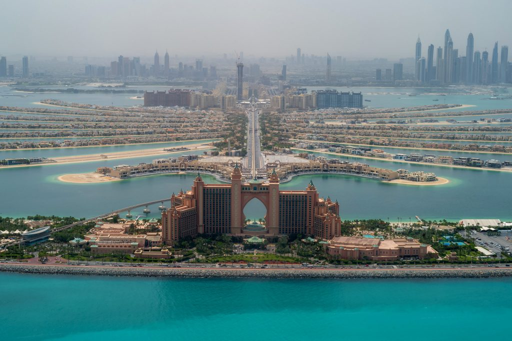 5-day-Travel-Guide-to-Dubai-Palm-Jumeirah-1