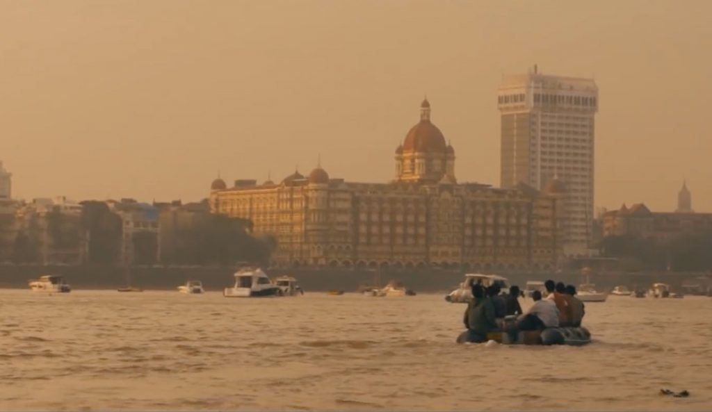 Movie-Hotel-Mumbai-Review-02