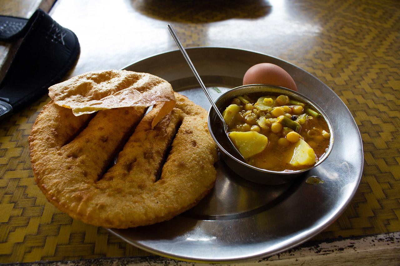 Tibetan-Culture-Influenced-Five-Street-Food-Bread