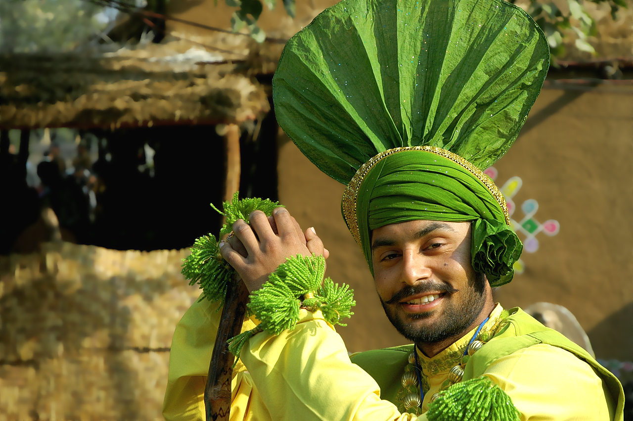 Folk-Dance-Forms-of-North-India Costumes