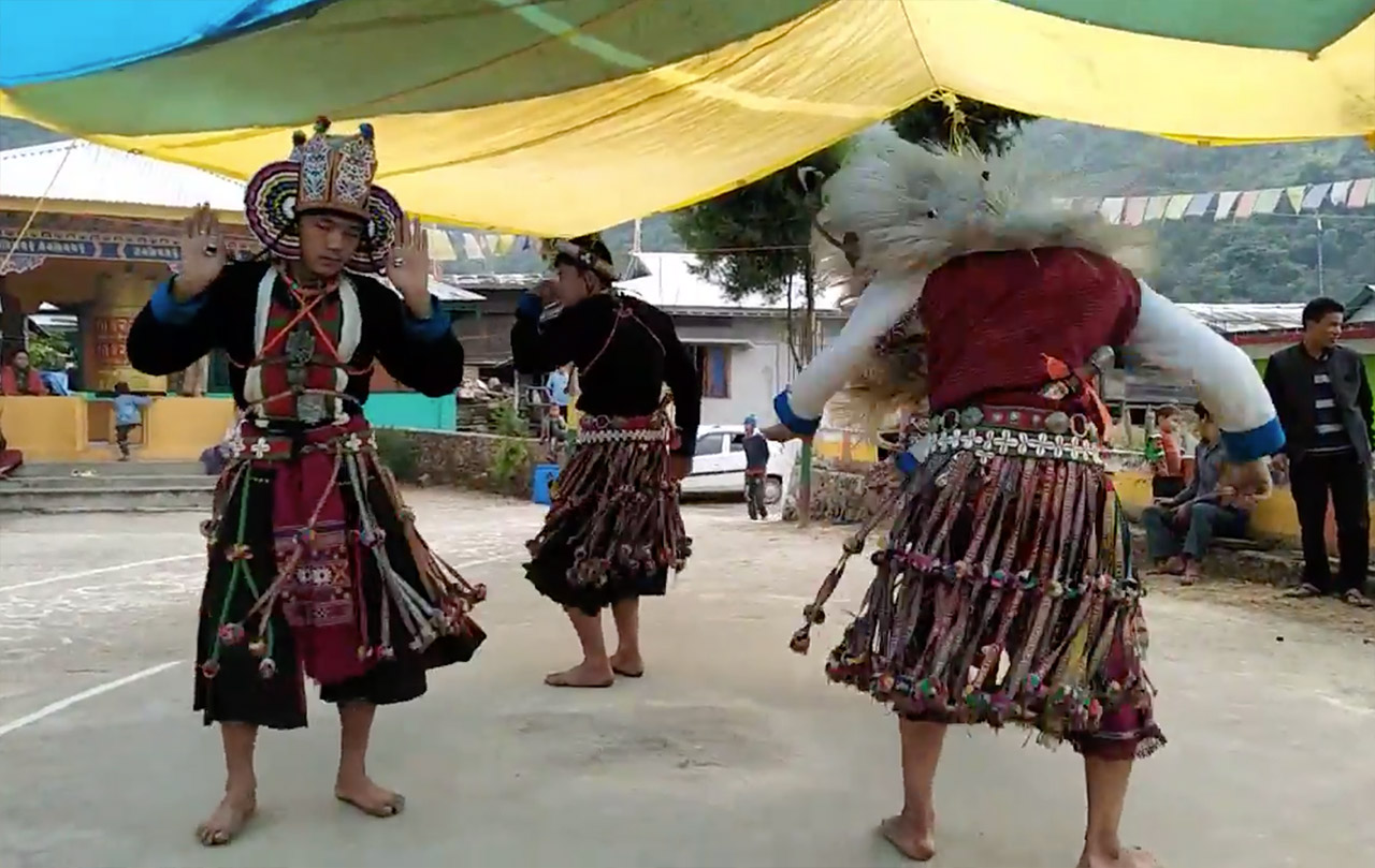 Folk-Dance-Forms-of-Northeast-India-Arunachal-Pradesh-Aji-Lamu