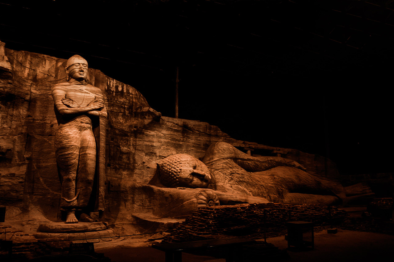 Things-to-do-in-Sri-Lanka-Visit-Historic-sights-and-Monuments-
