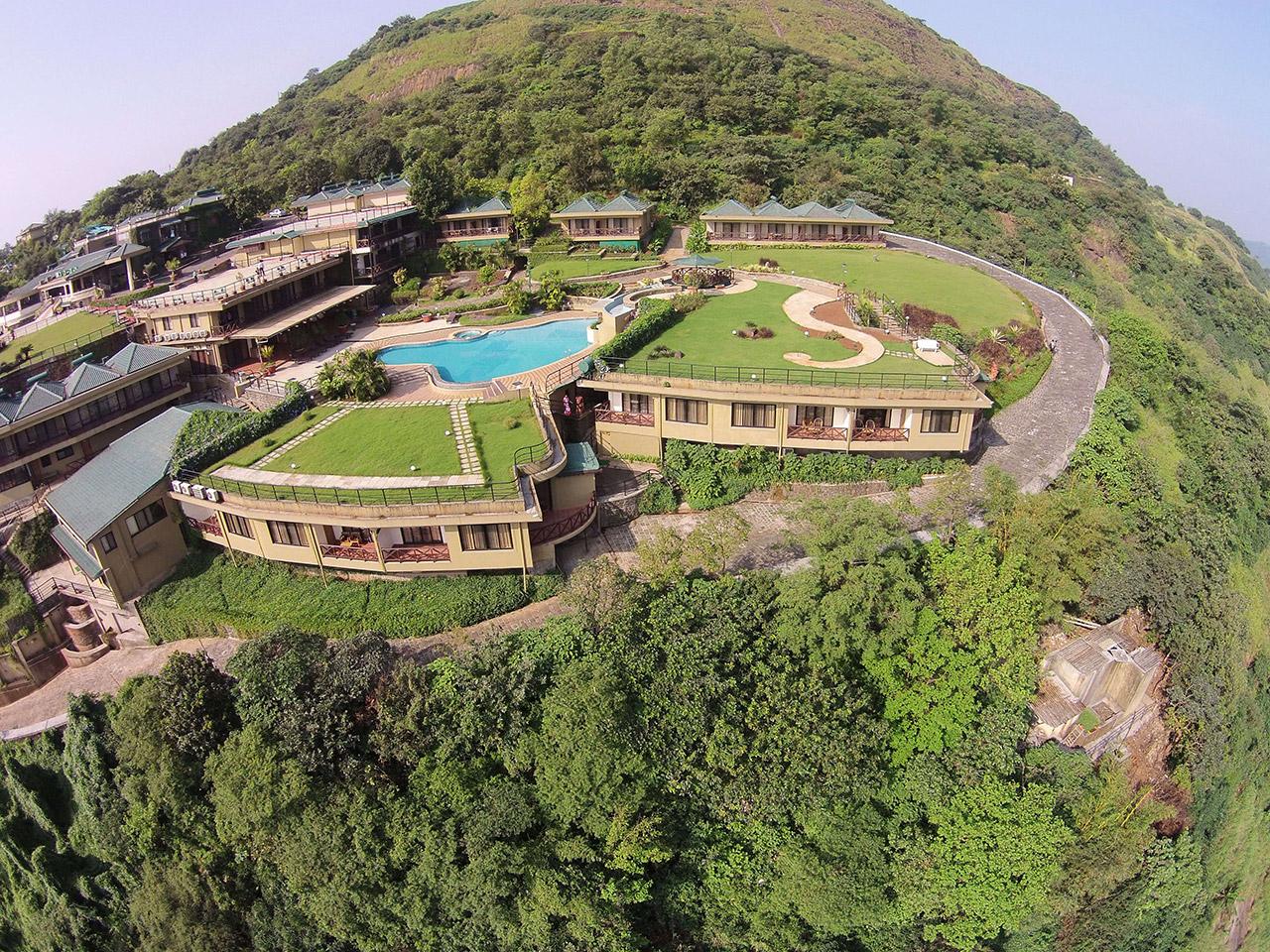 Upper-Deck-Resort--2