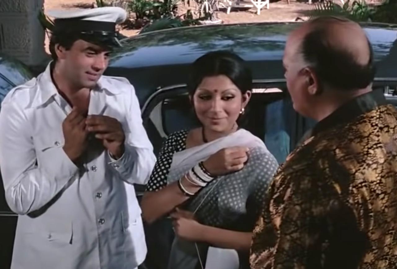Hrishikesh-Mukherjee-Classic-Comedies-Chupke-Chupke-(1975)