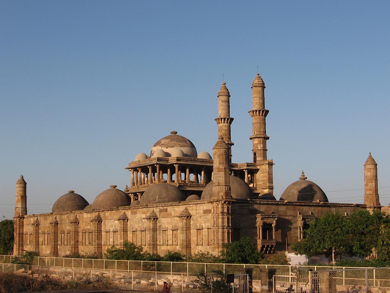 Jama_masjid_in_Champaner