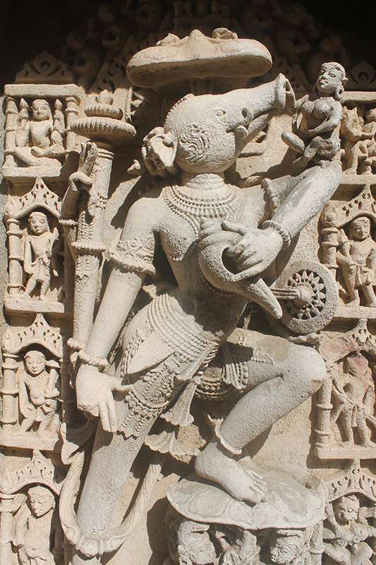 The-Depiction-of-Animals-&-Birds-in-Indian-Lord-Vishnu