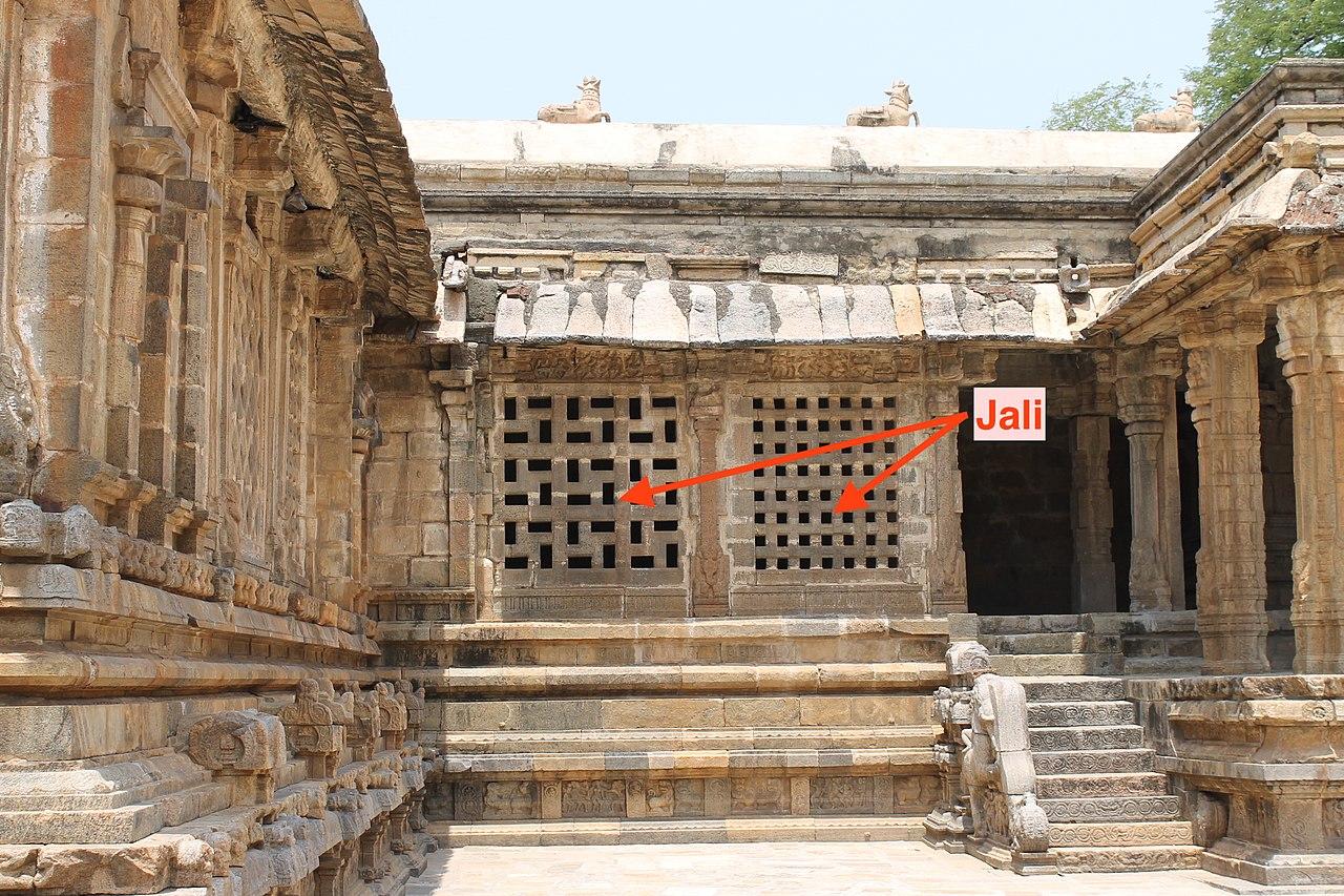 Jala_stone_trellis_windows_Indian_architecture
