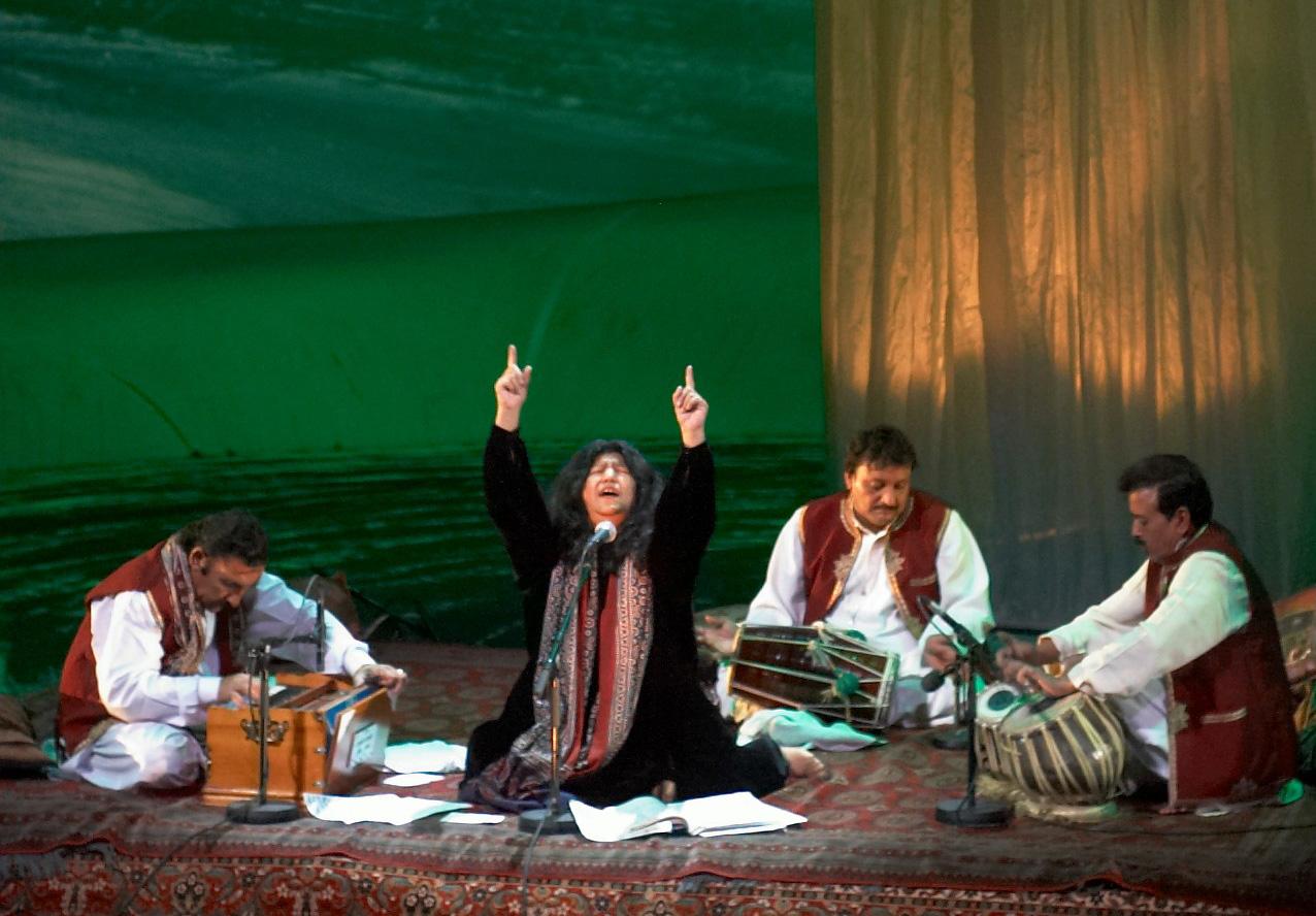 Qawwali-Music-that-Touches-the-Spiritual-Strings-1